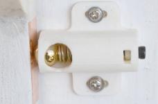门或橱柜球弹簧锁