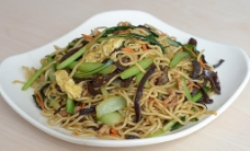 蔬菜肉丝炒面图片