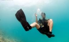 海底潜水图片