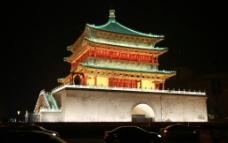 钟楼夜景图片