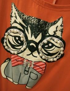 钉珠 小猫 蝴蝶结 免费素材