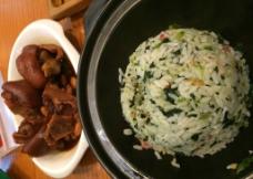 猪手菜饭图片