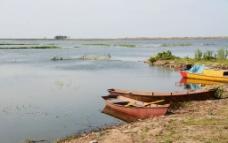 静谧湖畔图片