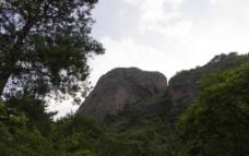 山林悬崖峭壁风光图片