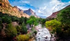 峡谷河流图片