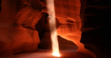 天然洞穴图片