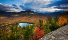 红枫银湖图片