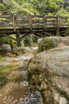 山林溪涧小桥流水图图片