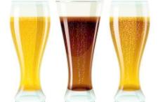 啤酒杯设计平面向量01