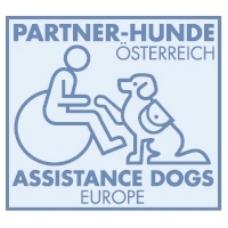 协助欧洲伙伴狗狗