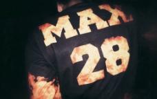 MAX原创火焰卫衣图片