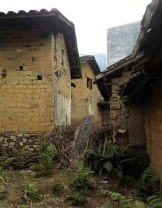 泥砖房图片