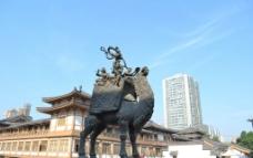 骆驼雕像图片
