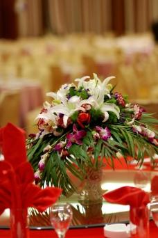 主桌鲜花图片
