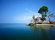 宁静的海岛PPT模板